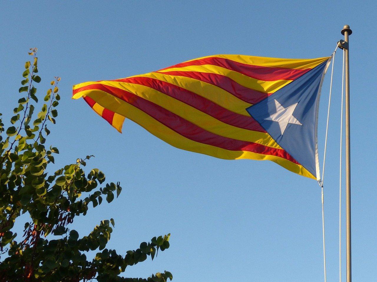 o-que-nao-fazer-em-barcelona-bandeira-catalunha