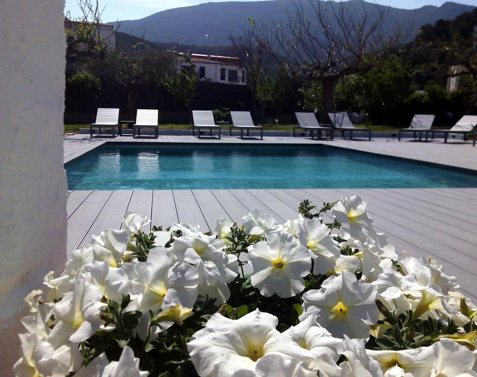 onde-ficar-em-cadaques-costa-brava-espanha-hotel-boutique-horta-piscina