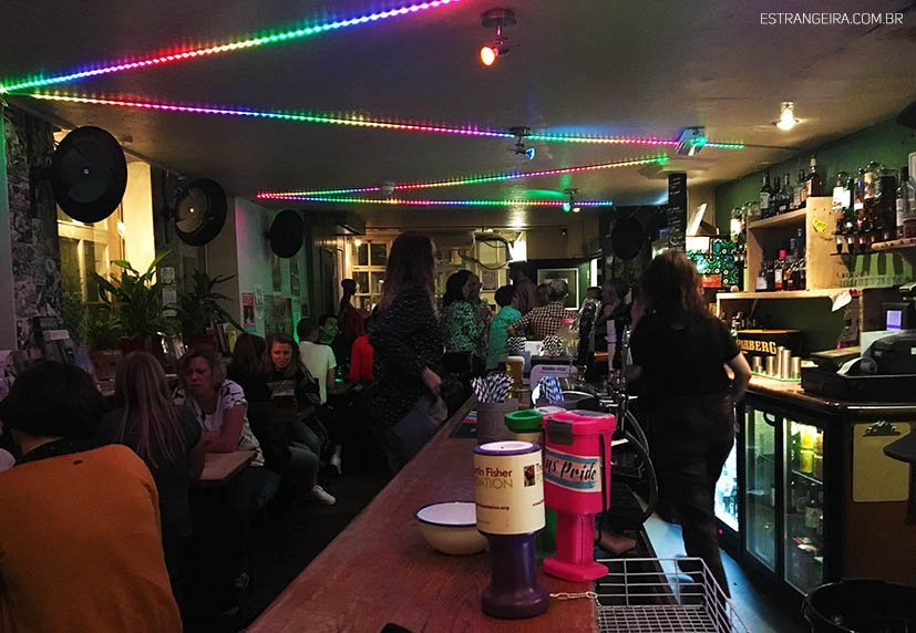 brighton-lgbt-bar-lesbico-the-marlborough