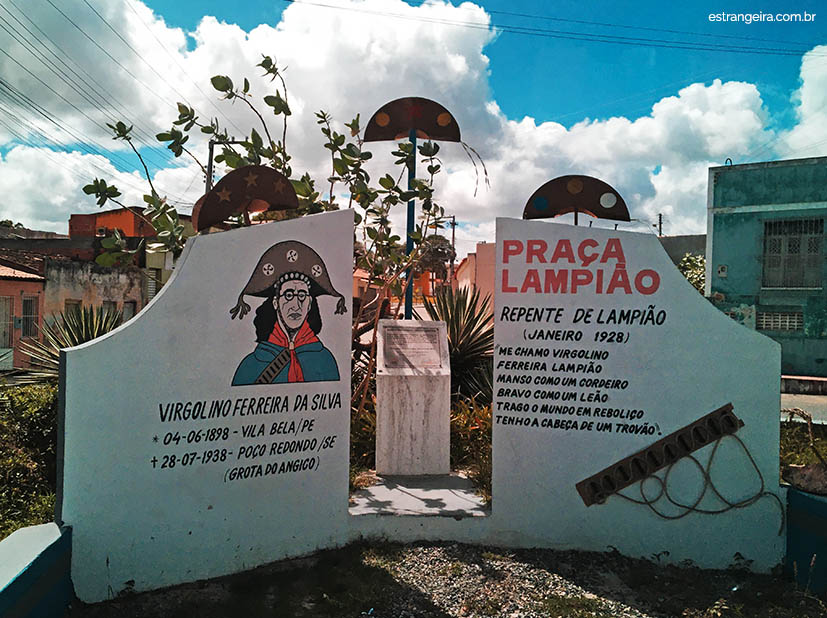 caninde-sao-francisco-praca-lampiao